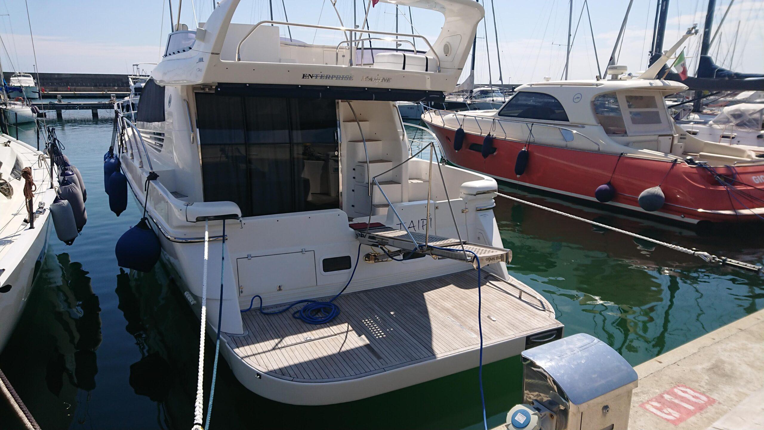 Meilentörns Motorboot Aussen 2